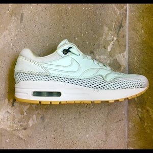 Nike Air Max Women's Size 5.5